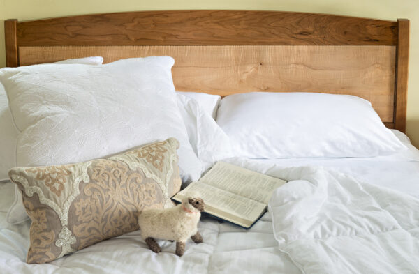 beds frame and panel bed queen cherry maple low footboard headboard Shaker Frame and Panel Bed
