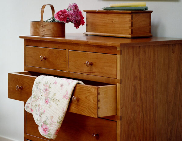 chests shaker five drawer chest bedroom furniture Shaker Five Drawer Chest